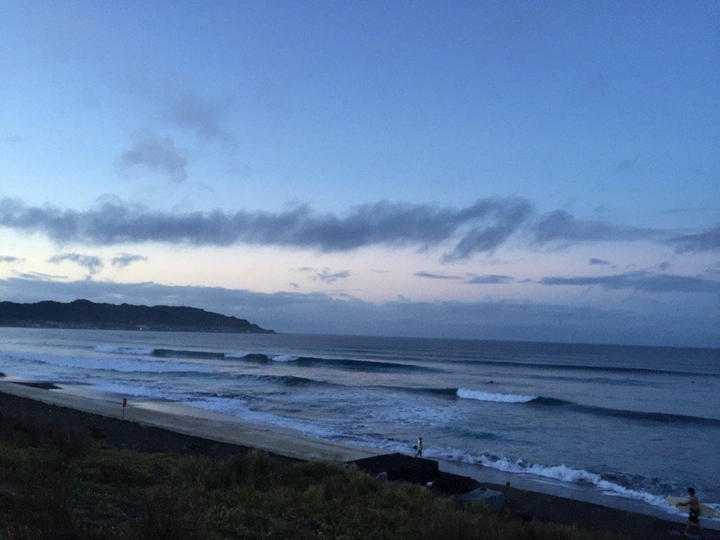 平砂浦の波
