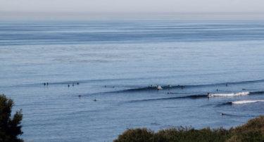 いい波に乗るために〜うねりの向きを知っていい波をあてる