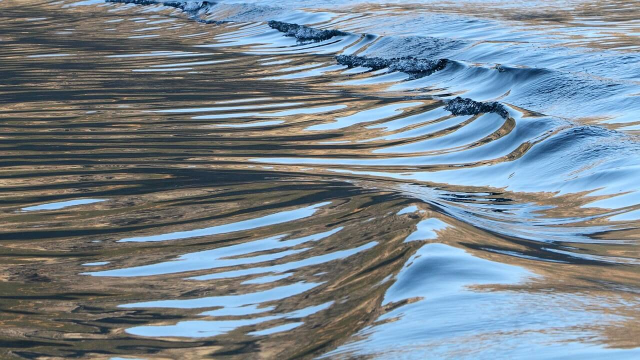 いい波に乗るために〜波のコンディションとブレイクについて