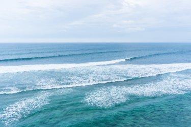 気圧配置と天気図パターンによる波の特徴について