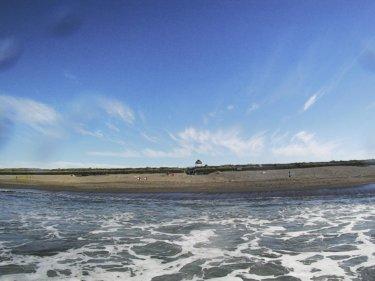 太平洋高気圧に覆われて夏空が広がる、しばらく波は期待薄【2019.7.29】