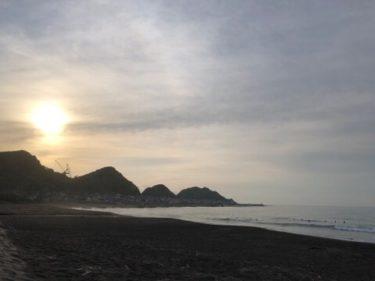 御前崎は今朝も腹胸サイズのクリーンなブレイク!日本海もまだ波残ってます【2019.8.19】