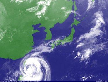 台風18号の南西うねりで湘南と千葉南は水曜にはサイズアップしてきそう【2019.9.30】