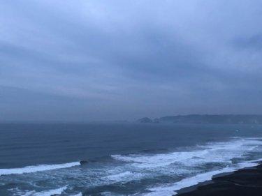 低気圧が千島付近で猛発達し冬型へ、北東うねりが週末まで反応続きそう!【2020.3.5】