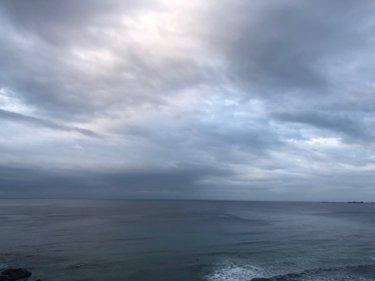 北東うねりが続くも昼前から南東の風、明日は朝から大荒れ要注意【2020.4.17】