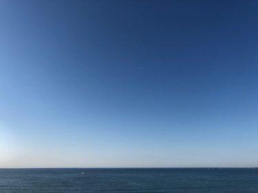 寒暖差による体調不良にご注意、雲ひとつない青空とほぼ無風の土曜の朝【2020.4.25】
