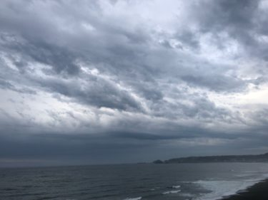 奄美地方で平年並みの梅雨入り、関東は煮え切らない寒冷前線が通過中【2020.5.11】
