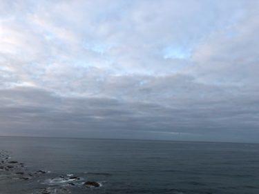 千葉は東うねりが続き風の弱い朝、本州の梅雨入りまであと2週間くらい【2020.5.25】