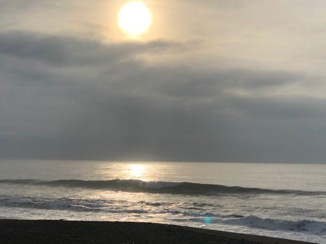千歳ポイントの波