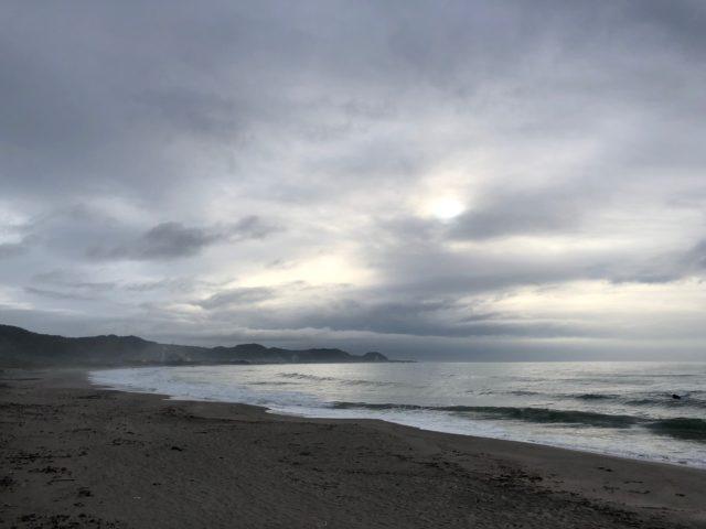 和田浦ポイントの波