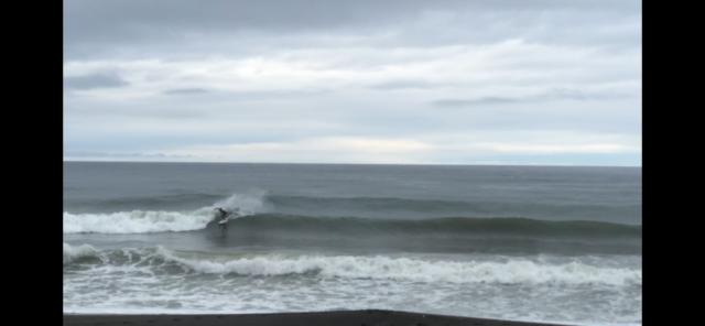 鴨川マルキポイントの波