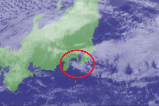 西うねりが弱まる北東の風_衛星画像