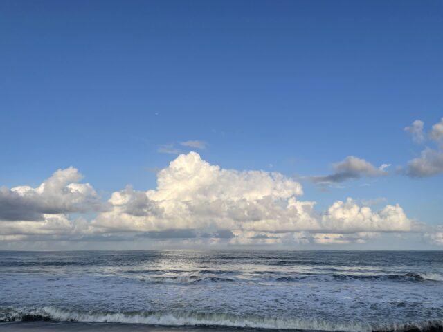 夏本番の空と雲