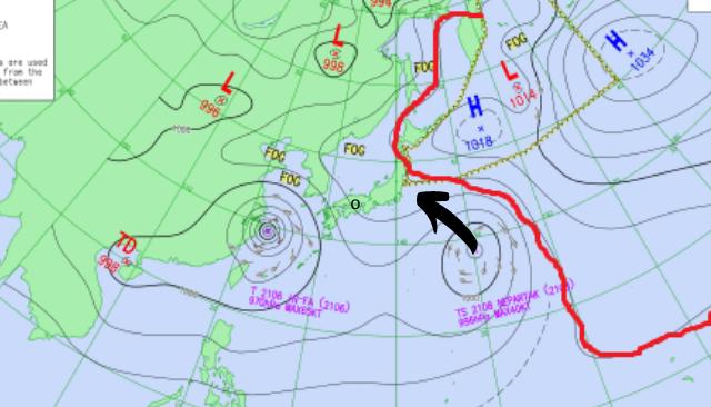 台風8号と太平洋高気圧