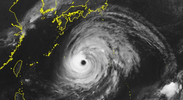 台風16号_210929_衛星画像